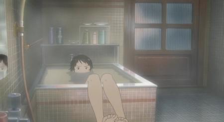 Chica en una bañera