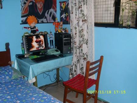 Mi cuarto, en una tarde de domingo.