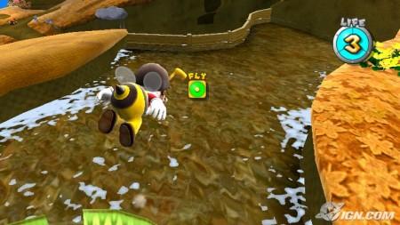 Mario abeja viendo una increíble superficie acuosa