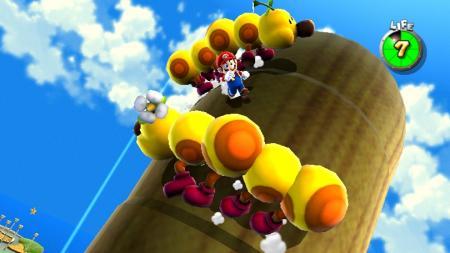 Mario entre los gusanos felices