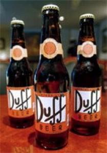 La cerveza Duff tal como la toma homero, de venta en México