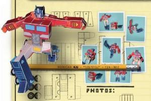 Arma tu propio Optimus Prime de papel